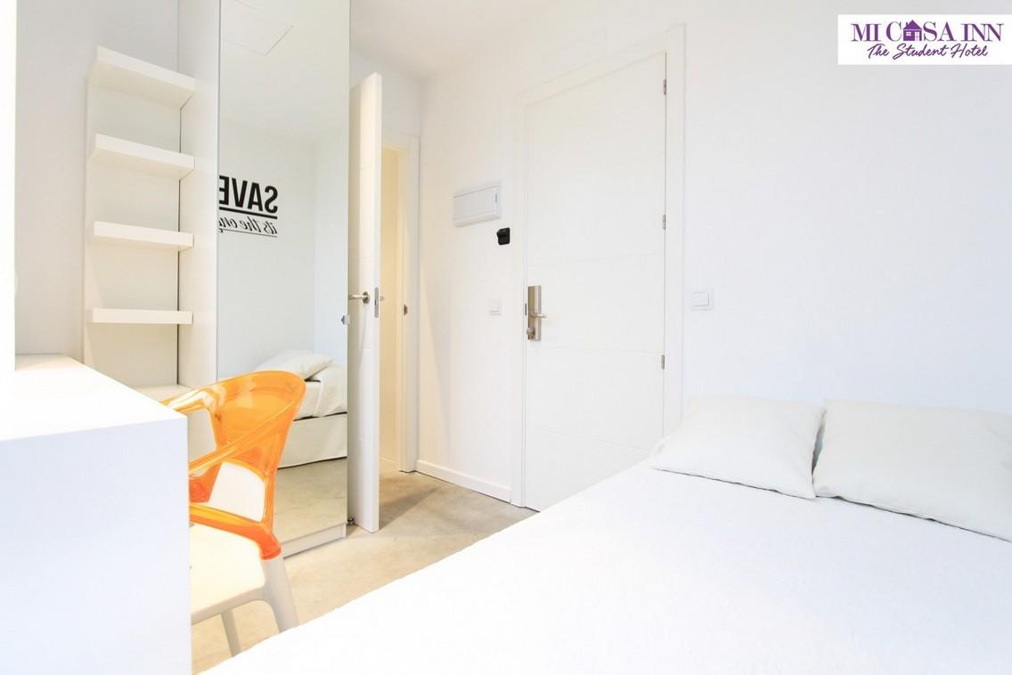 Habitación en residencia de estudiantes Plaza España Madrid