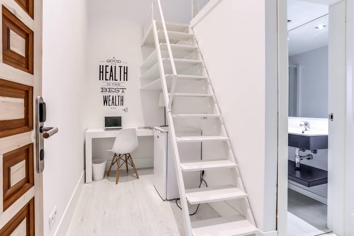 Habitación doble confort para estudiantes con baño propio en Gran Vía