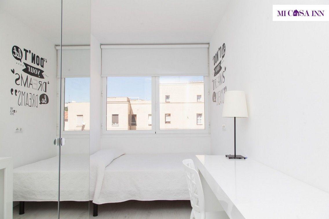 Habitación en residencia de estudiantes en barrio Salamanca Madrid