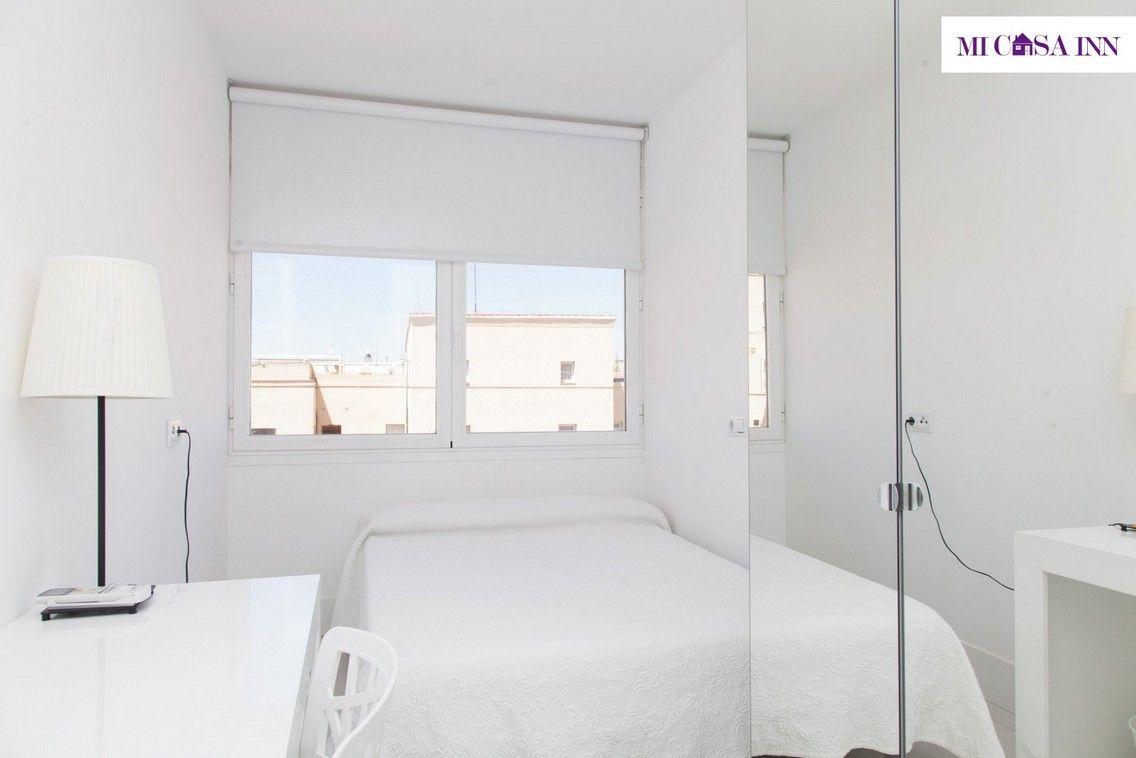 Habitación individual en residencia de estudiantes en el barrio Salamanca