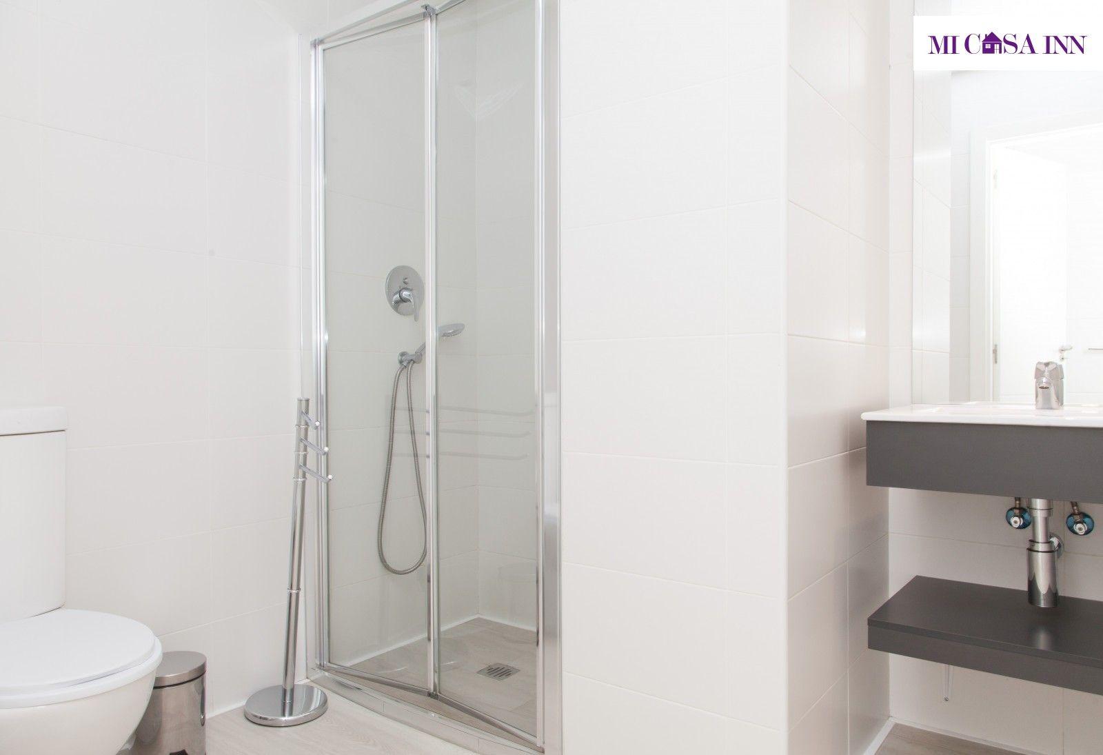 Residencia para estudiantes con ducha en barrio Salamanca