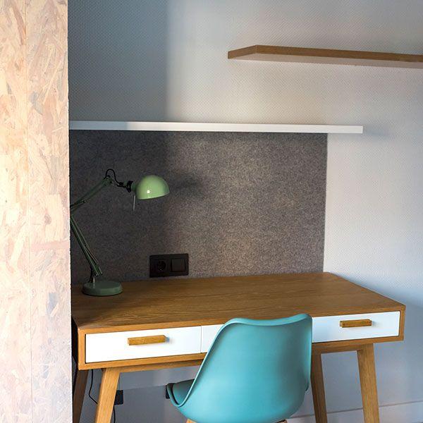 Mesa de estudio residencia de universitarios Atocha Río