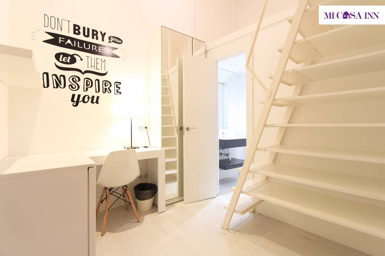 Habitación simple de residencia de estudiantes en Gran Vía